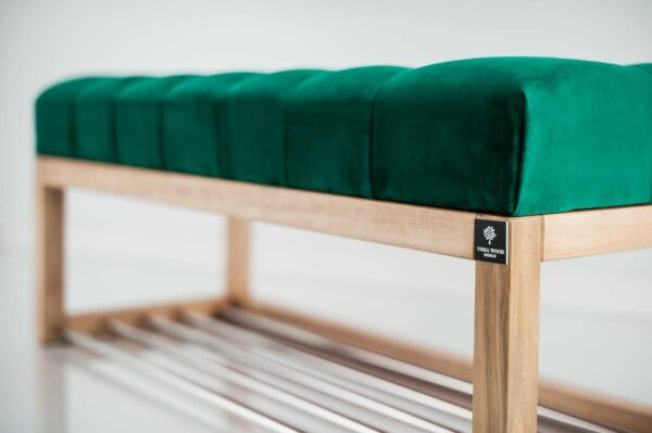 Sitzbank Chesterfield M-DEKO LPP-4 nach Maß aus Holz mit Schuhregal und gestepptem Sitz aus grünem Velours
