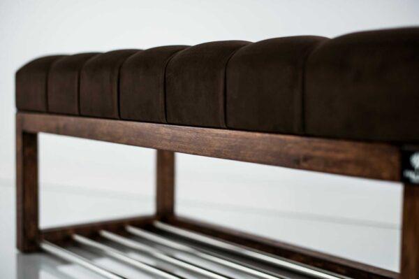 Sitzbank Chesterfield M-DEKO LPP-4 nach Maß aus Holz, mit Schuhregal und gestepptem Sitz aus dunkelbraunem Velours