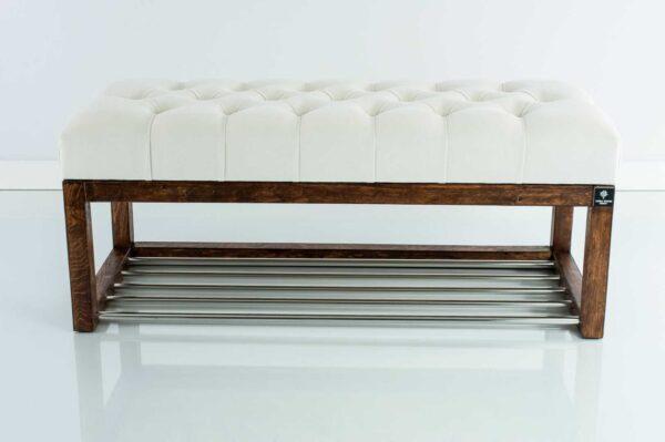Sitzbank Chesterfield M-DEKO LPP-4 nach Maß aus Holz, mit Schuhregal und gestepptem Sitz aus weißem Velours