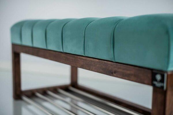 Sitzbank Chesterfield M-DEKO LPP-4 nach Maß aus Holz, mit Schuhregal und gestepptem Sitz aus minzfarbigem Velours
