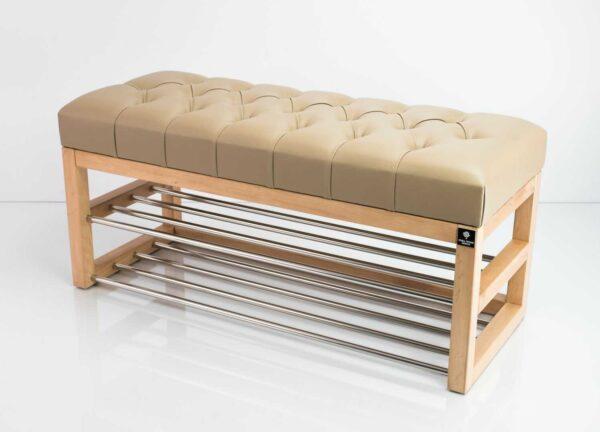 Schuhbank Chesterfield M-DEKO LPP-5 nach Maß aus Holz, mit zwei Schuhregalen und gestepptem Sitz aus beigem Kunstleder