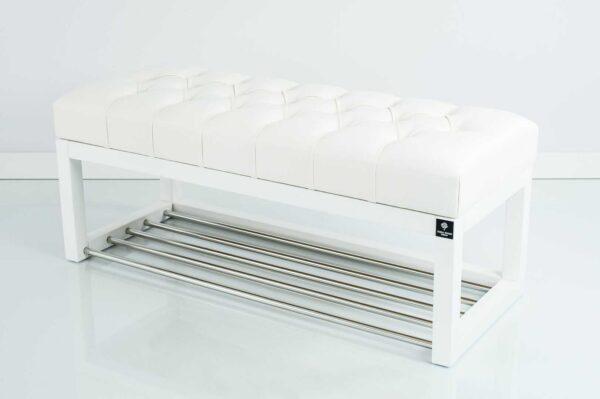 Sitzbank Chesterfield M-DEKO LPP-4 nach Maß aus weißem Holz, mit Schuhregal und gestepptem Sitz aus weißem Kunstleder