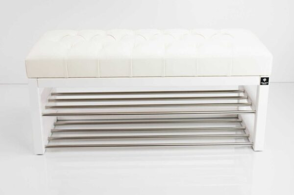 Schuhbank Chesterfield M-DEKO LPP-5 nach Maß aus Holz, mit Schuhregalen und gestepptem Sitz aus weißem Kunstleder