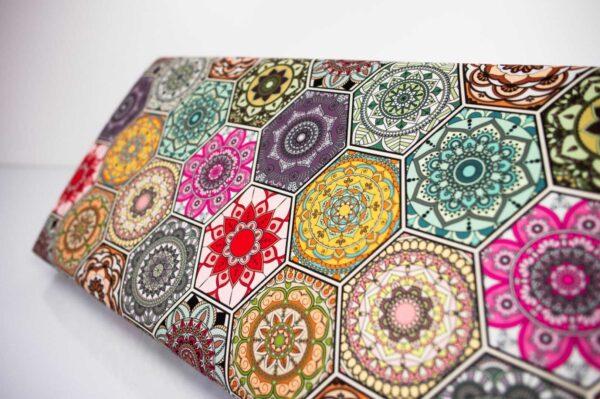 Gepolsterte Sitzbank M-DEKO LGM-12 nach Maß, Sitz aus Velvet Muster Hexagony Mandala und Metallbeine