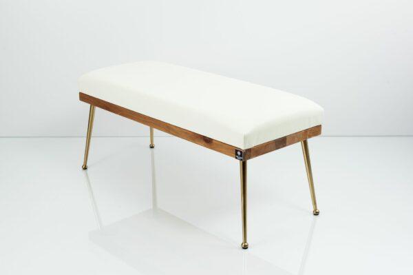 Gepolsterte Sitzbank M-DEKO LGS-108 Loft, nach Maß, Sitz aus Holz und weißem Kunstleder, Metallbeine