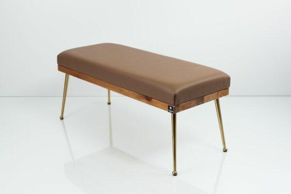Gepolsterte Sitzbank M-DEKO LGS-108 Loft, nach Maß, Sitz aus Holz und hellbraunem Kunstleder, Metallbeine